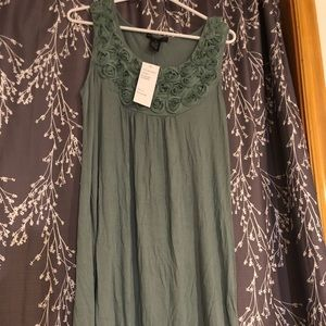 *NEW W TAGS* Pretty dress from Design History (M)